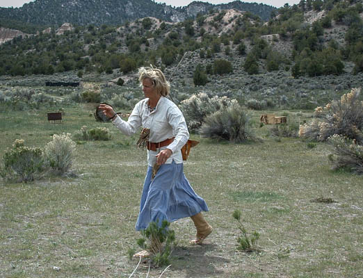 mountain man rendezvous,hawk and knife throw