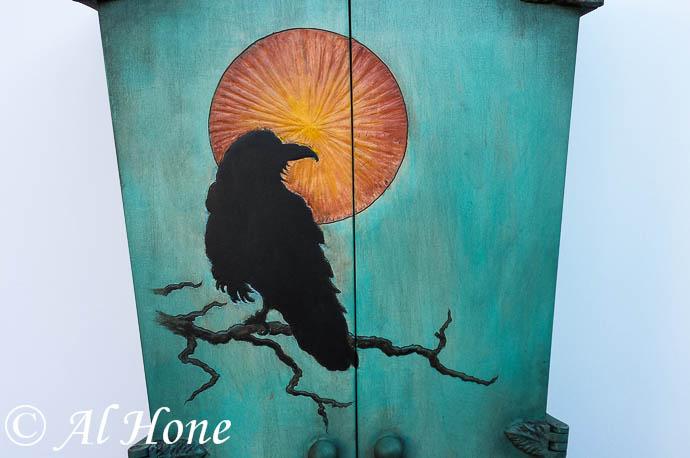 Artsy fartsy tuesday, raven wine cabinet