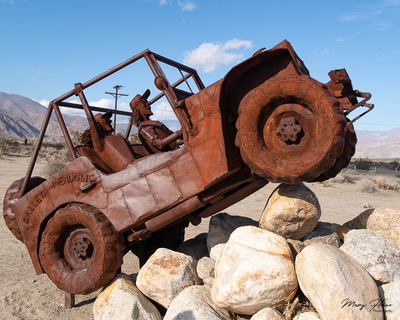 Borrego Springs Sculptures in the Desert, jeep